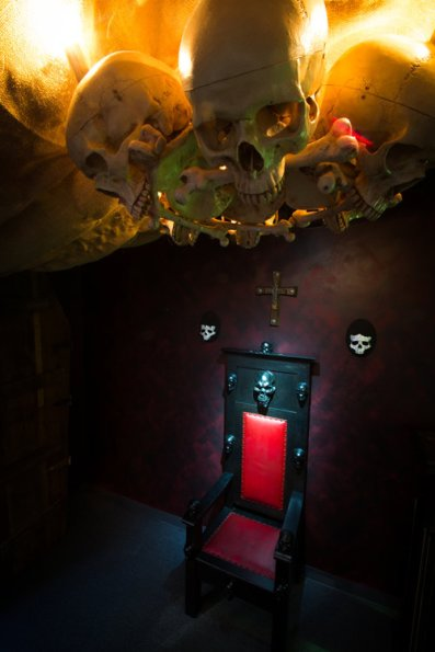 Portland - Portland Escape Rooms - Voodoo - throne.jpeg